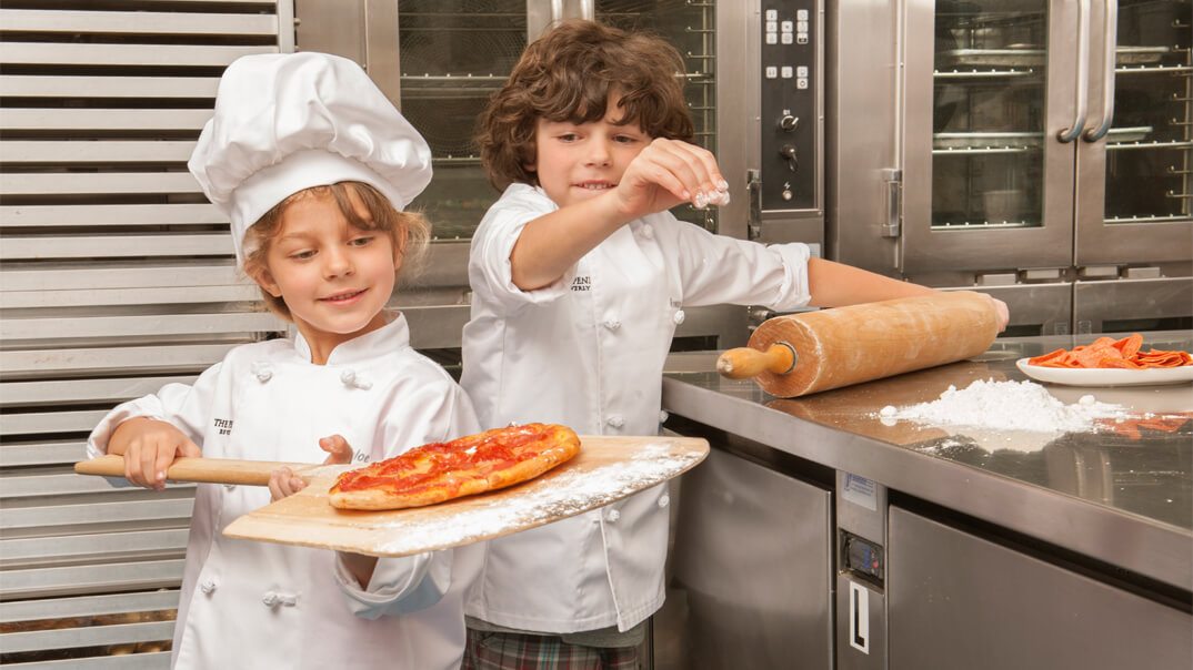 Superior Kids In The Kitchen   Young Chefs Academy