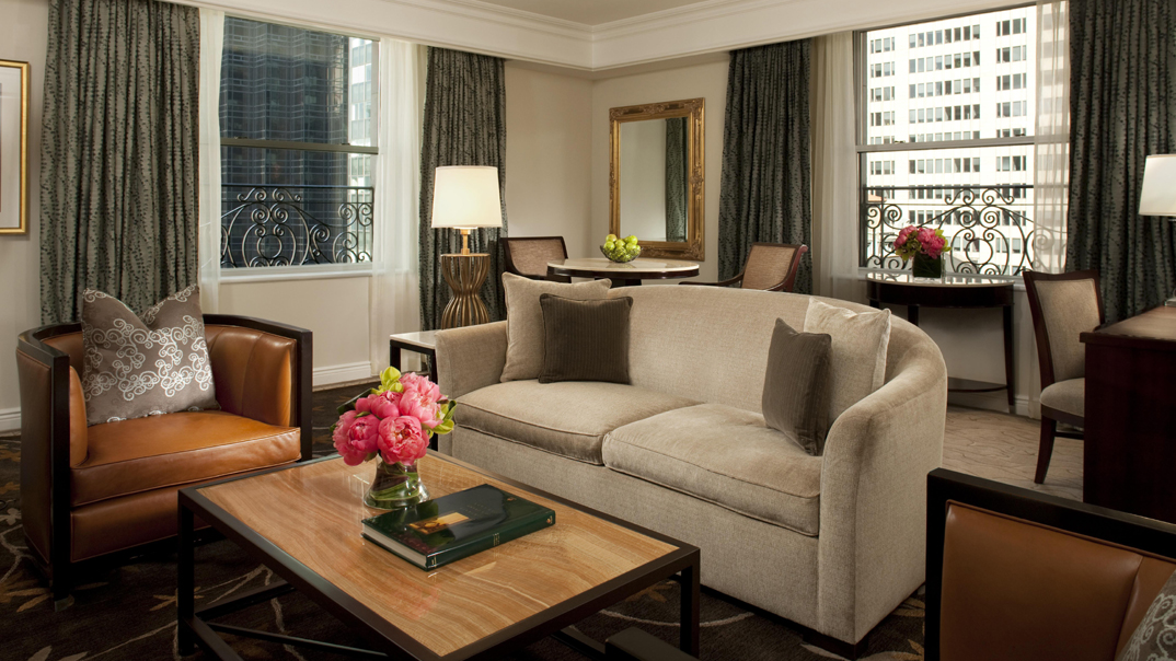 Peninsula New York Deluxe Fifth Avenue Suite