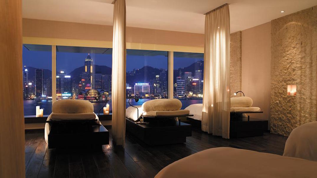 Peninsula Hong Kong How To Survive Rainy Season