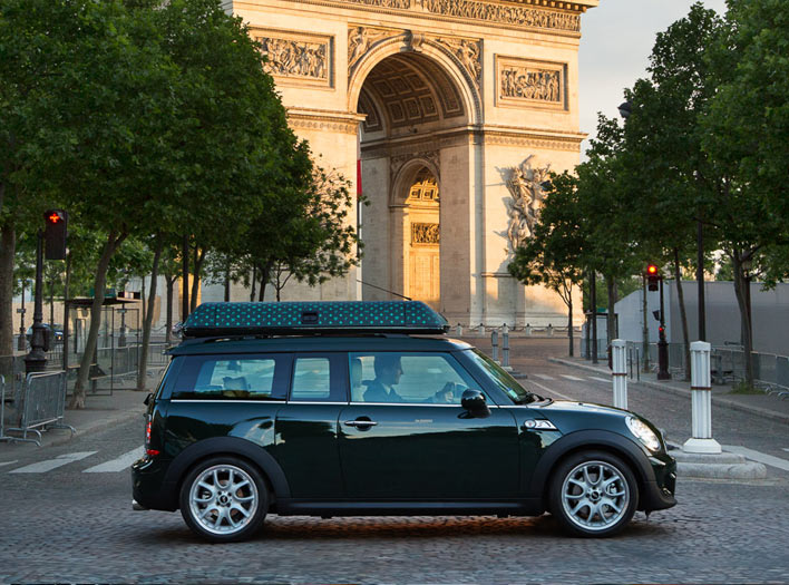 The Peninsula Paris Mini Cooper experience